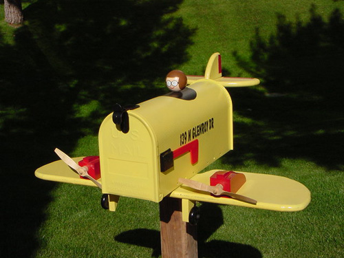 Single wing Airplane mailbox